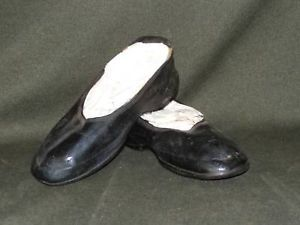 Bay State Rubber sole girls black leather shoe vintage