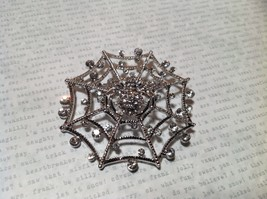 Beautiful Crystal Spider Silver Tone Pin Brooch Hinge Closure image 1