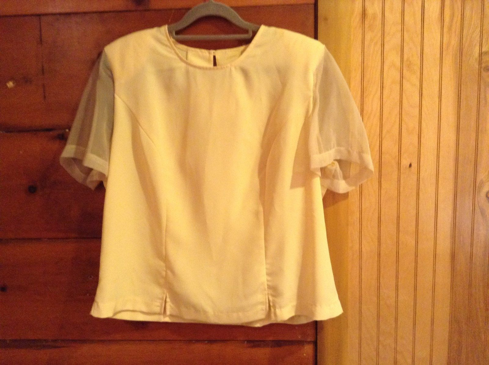 Bedford Fair Lifestyles Light Yellow Short See Through Sleeves Blouse Size 16