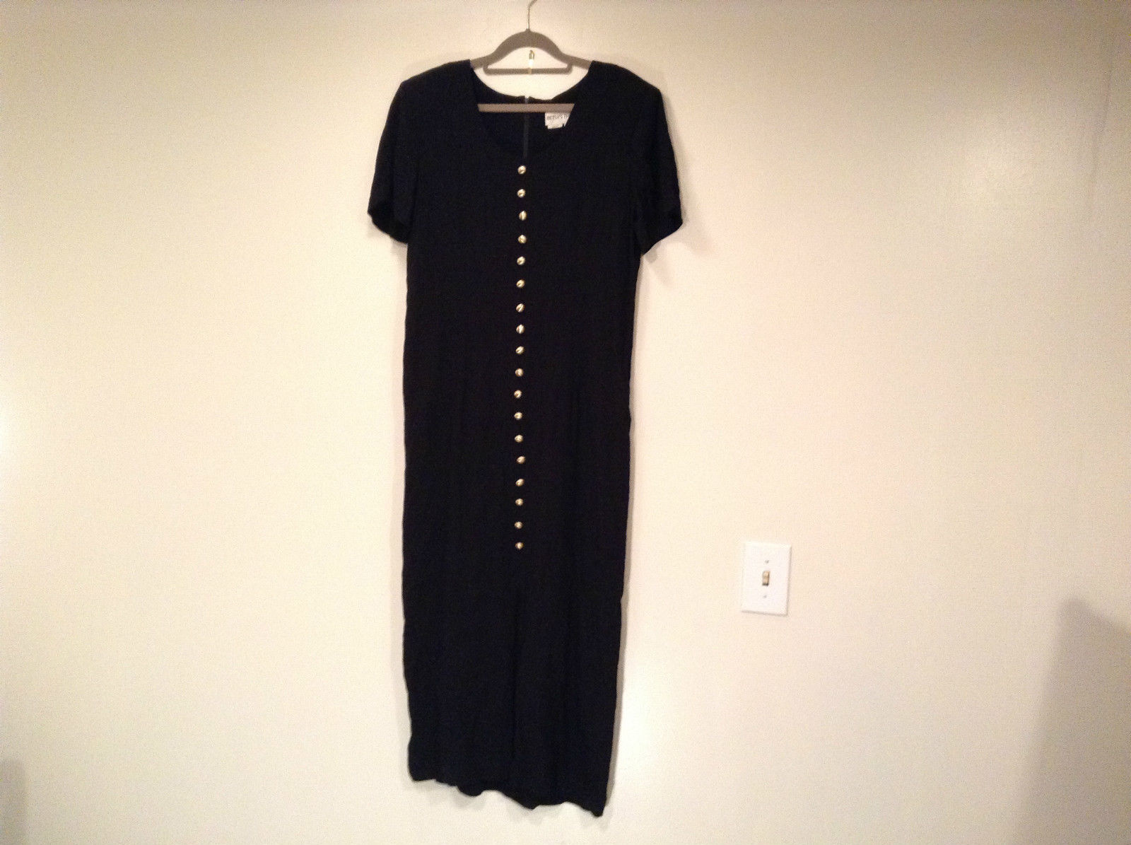 Betsys Things Size 12 Short Sleeve Black Dress Front Slit 18 Buttons on Front