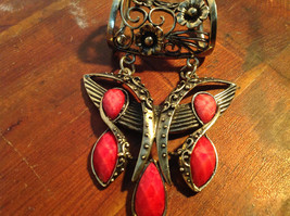 Attractive Butterfly Shaped Gold Tone Scarf Pendant with Red Stones image 3