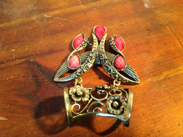 Attractive Butterfly Shaped Gold Tone Scarf Pendant with Red Stones image 5