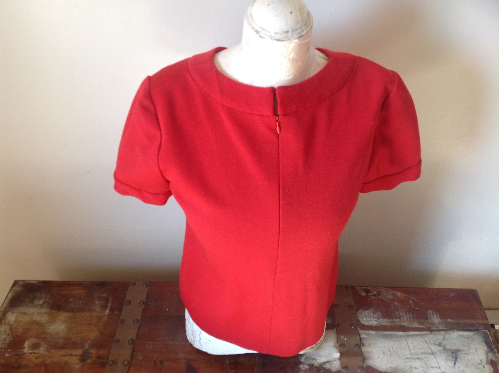 Bill Blass Red Casual Short Sleeve Shirt Front Zipper Made in USA Size 10