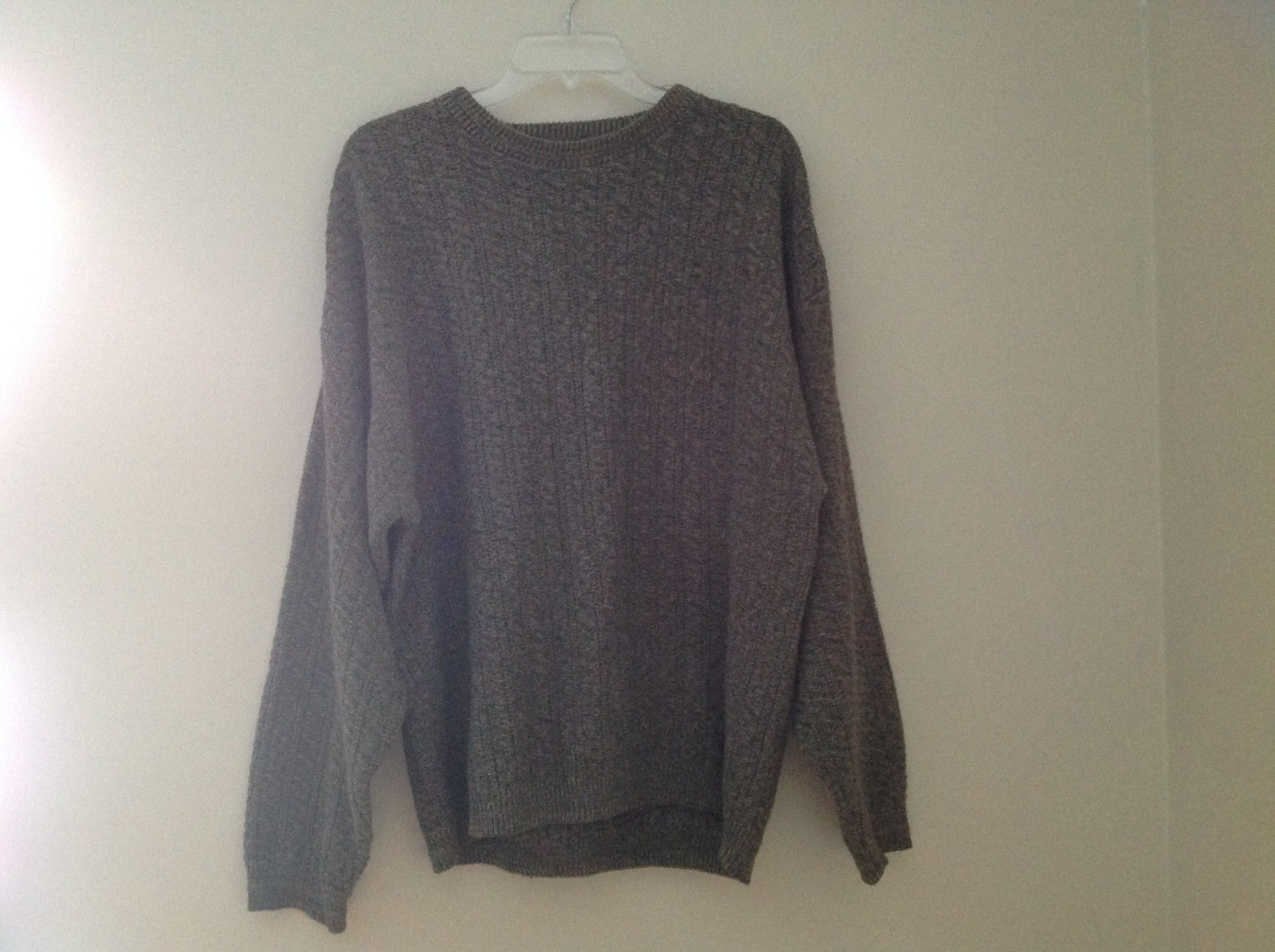 Bill Blass Olive Green Cable Knit Crew Neck Sweater Size Large