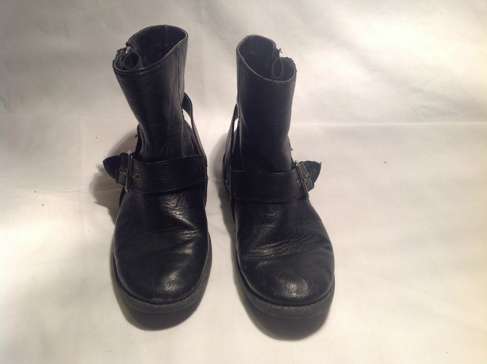 Black Boots Side Zipper Closure All  Man Made Materials Size One Strap Buckle
