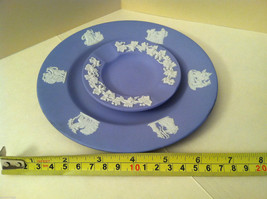1957 Wedgwood Jasperware Set - Large and small blue plate set image 8