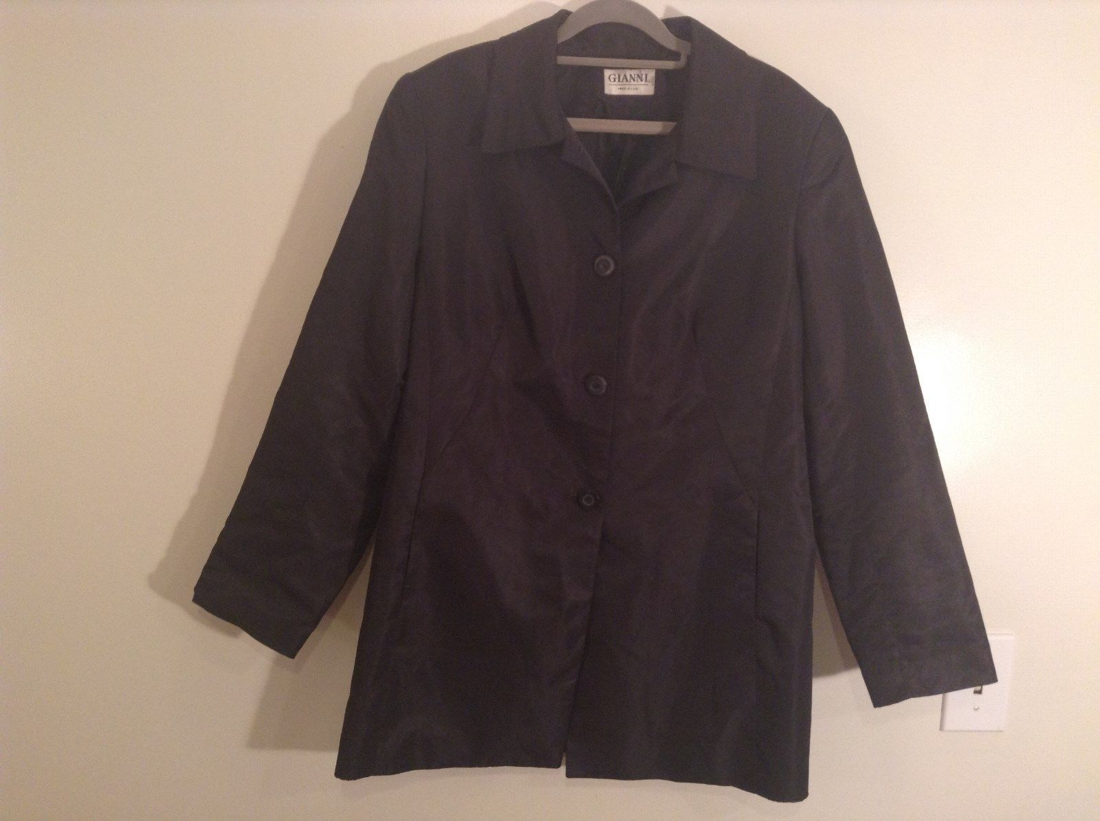 Black Gianni 3 Button Closure 100 Percent Polyester Jacket Size 14 Made in USA