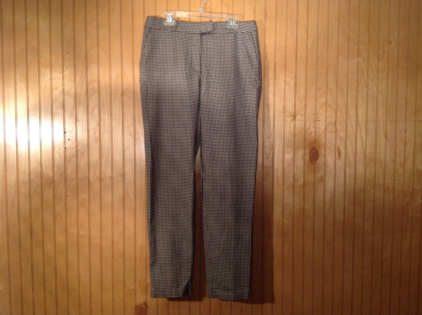 Black Gray Houndstooth H and M Dress Pants Side Pockets 1 Back Pocket Size 6