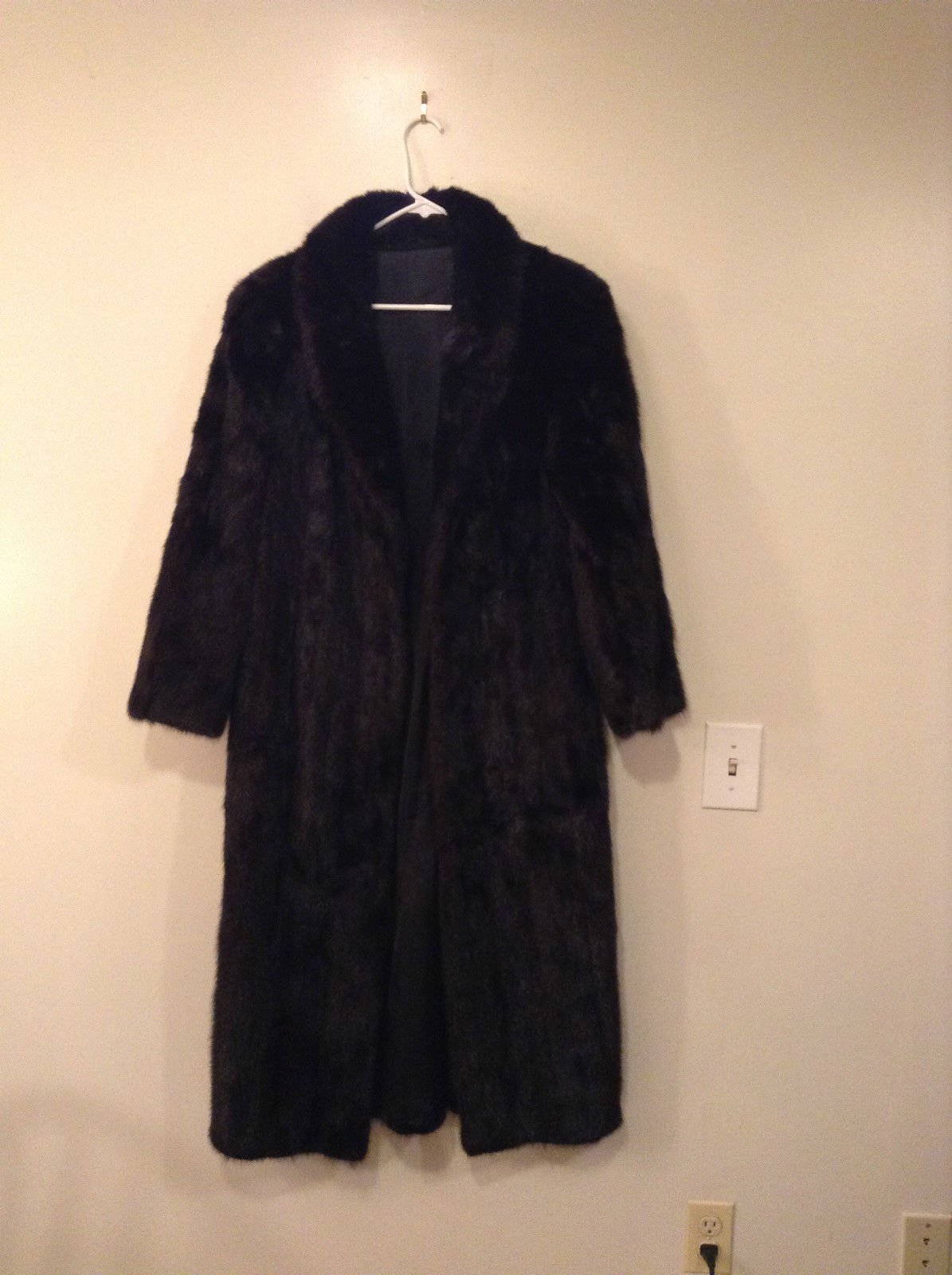Black Mink Fur Coat Fur in Good Condition Size 14 Rebecca Chase