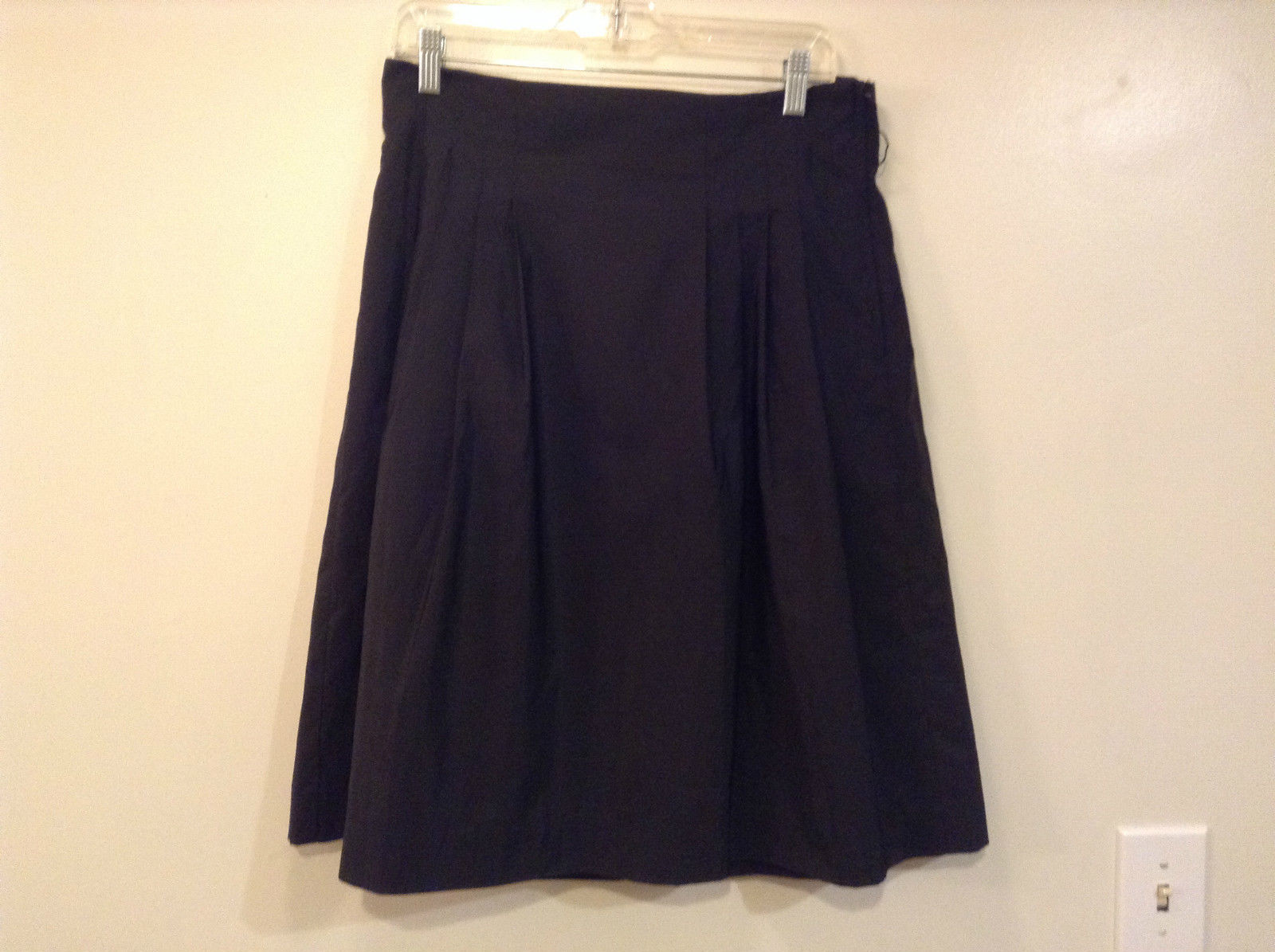 Black Pleated Skirt H and M Size 12 US Side Zipper and Button Closure