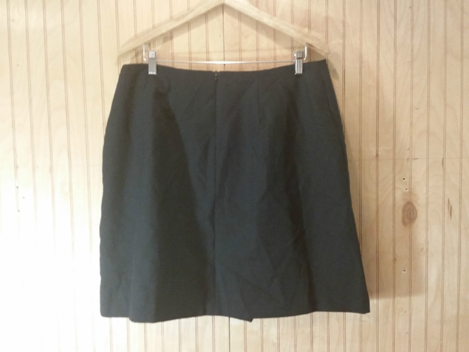 Black Pleated Front Skirt Kathie Lee Collection Size 18 Back Zipper Closure