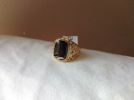 Black Rectangular Stone Swirl Heart Design Gold Tone Ring Size 7.75 by Rigant