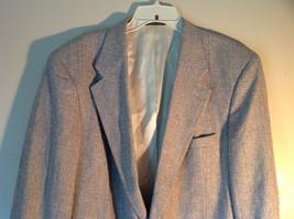 Barrington Gray Wool Suit Jacket with 100 Percent Silk Lining Measurements Below image 3