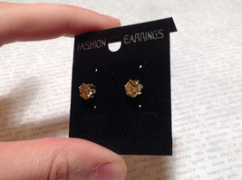 Beautiful Round Yellow CZ Stone Silver Tone Stud Earrings image 3