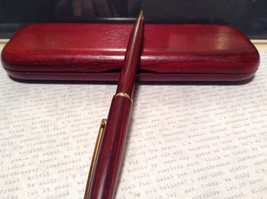 Beautiful Wooden Red Rosewood Pen with Stained Wood Red Case Golden Accents image 6