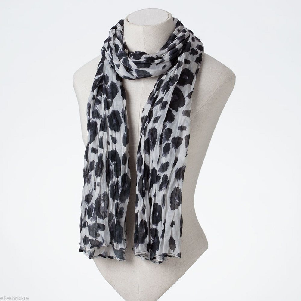 Black and White Leopard Scarf