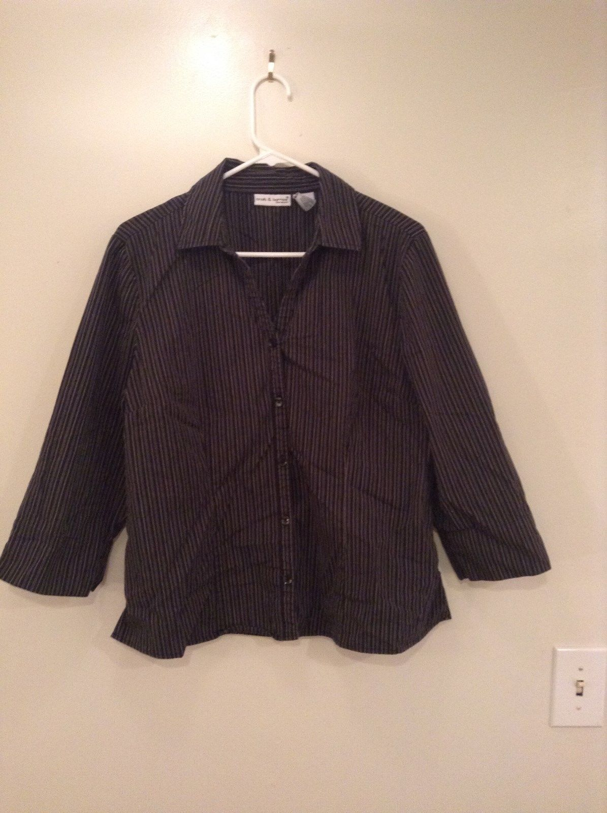 Black and White Striped Long Sleeve Button Up Shirt Croft and Burrow Size Large