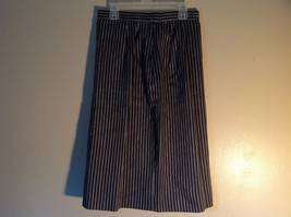 Black and White Striped Skirt Zipper and Button Closure in Back Size 6