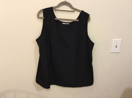 Black dress Crew Neck Sleeveless Tank Top Blouse, No Size tag (see measures)