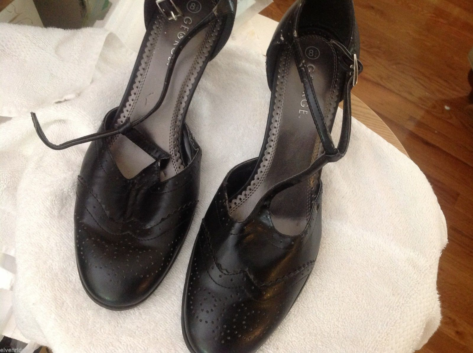 Black vintage look leather heels size 8 1/2 by George