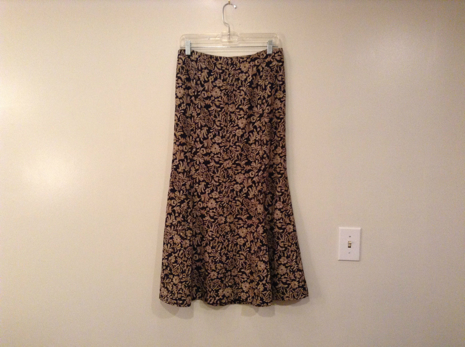 Black with Brown Flowers Skirt Christopher and Banks Size 8 Excellent Condition
