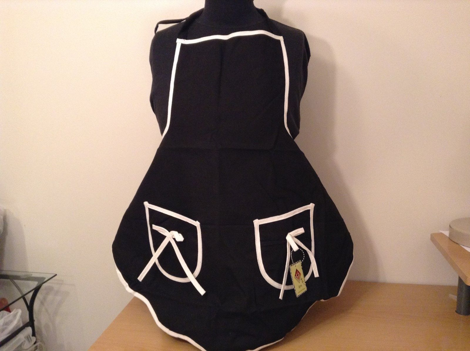 Black with White Trim Kitchen Apron Ties on Neck and Back NEW WITH TAG