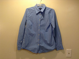 Blue Button Down Long Sleeve Tailored Shirt Size Large by Gap Buttons on Cuffs