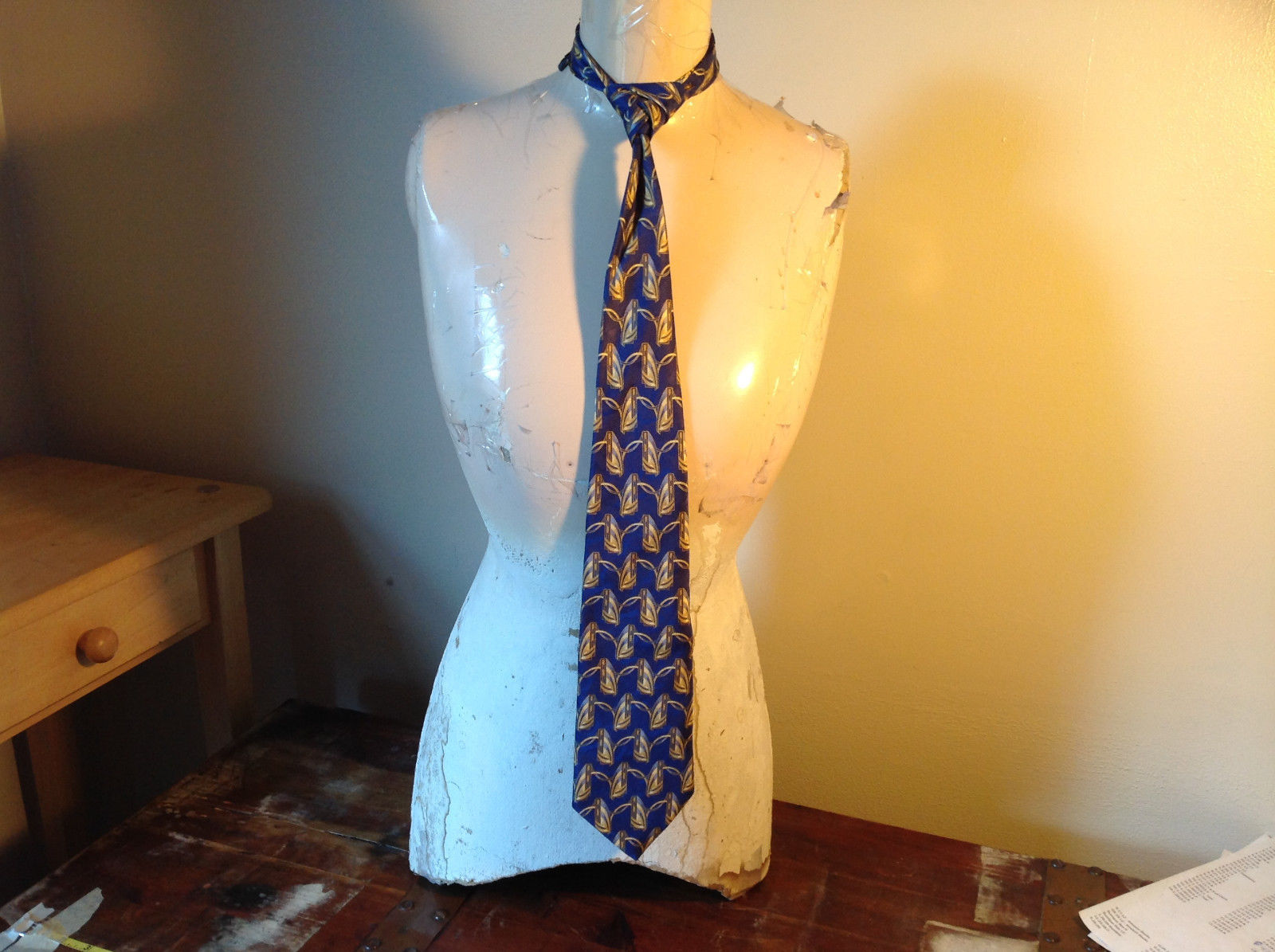 Blue Gold Fierte SRL Silk Tie Made in Italy Length 60 Inches