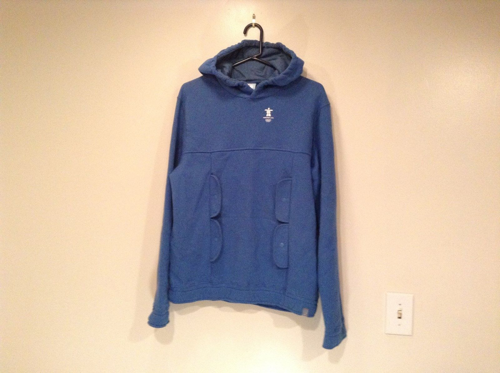 Blue Hooded Official Olympic Vancouver 2010 Size 14 to 16 Sweatshirt