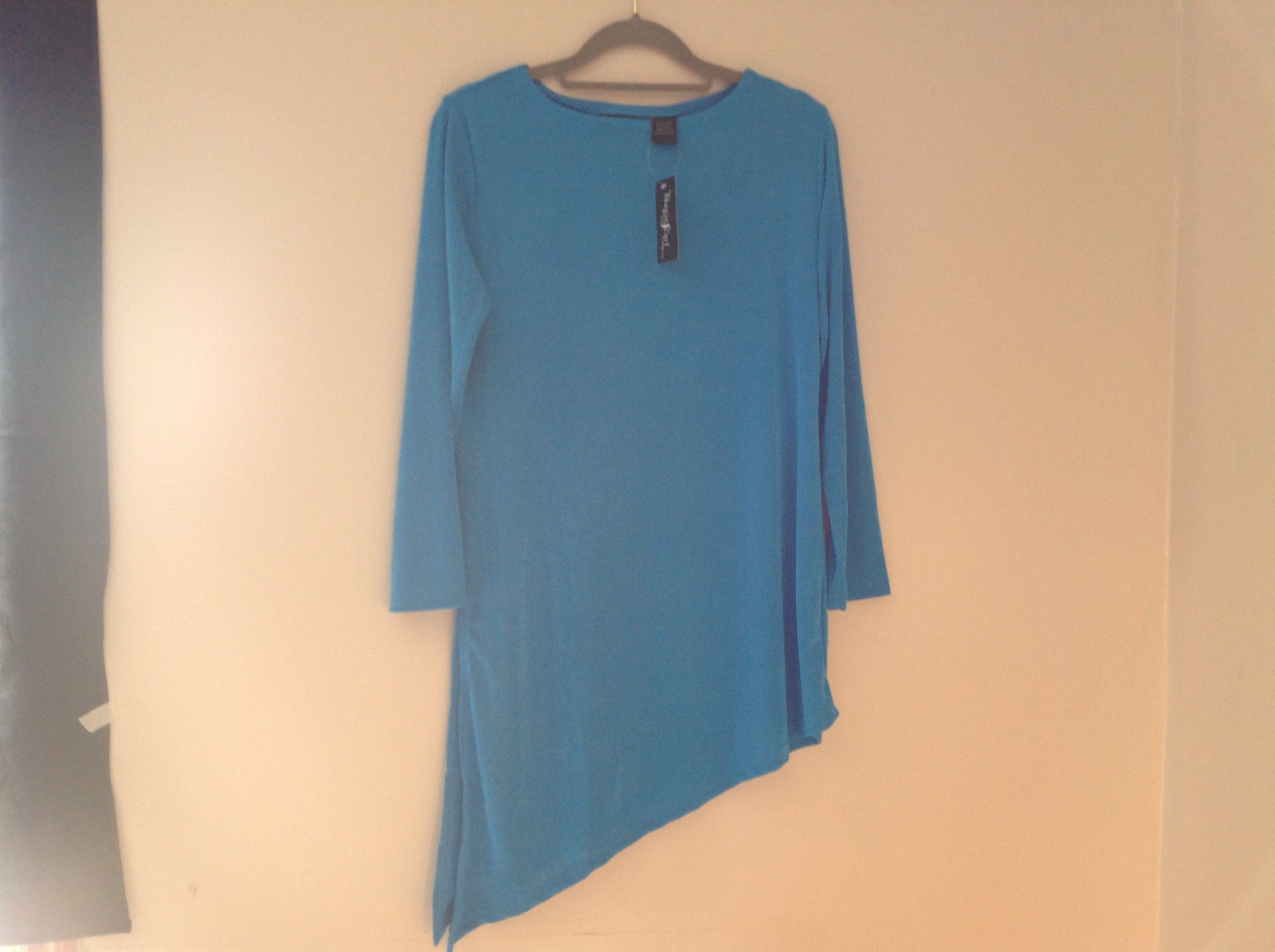 Blue Long Sleeve Asymmetrical Bottom Shirt Stretchy Material Size One Size