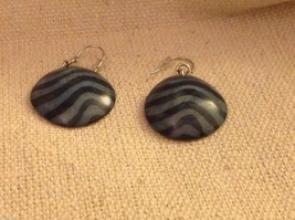 Blue batik pattern sustainable renewable Tagua earrings women's work Columbia