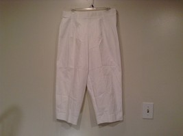 Briggs New York Size 16W White Casual Capri Pants