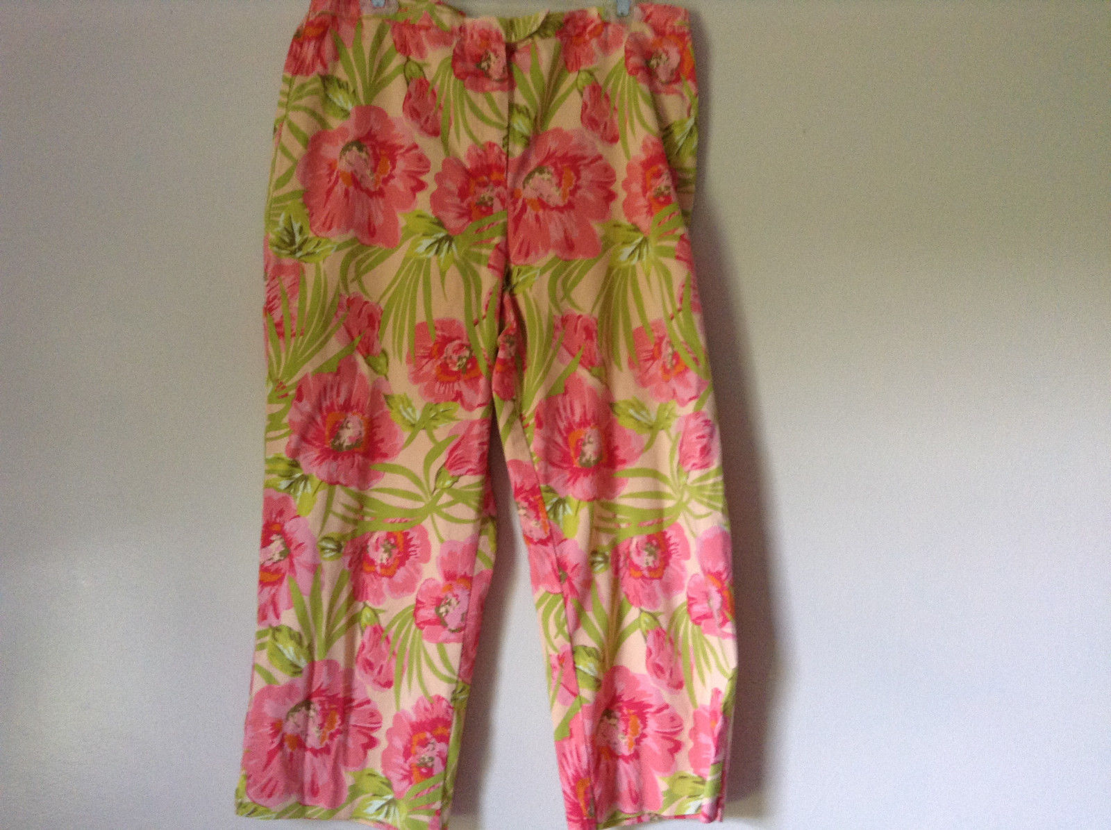 Bright Tropical Casual Pants Valerie Stevens Pink Green Flowers Capris Size 18W