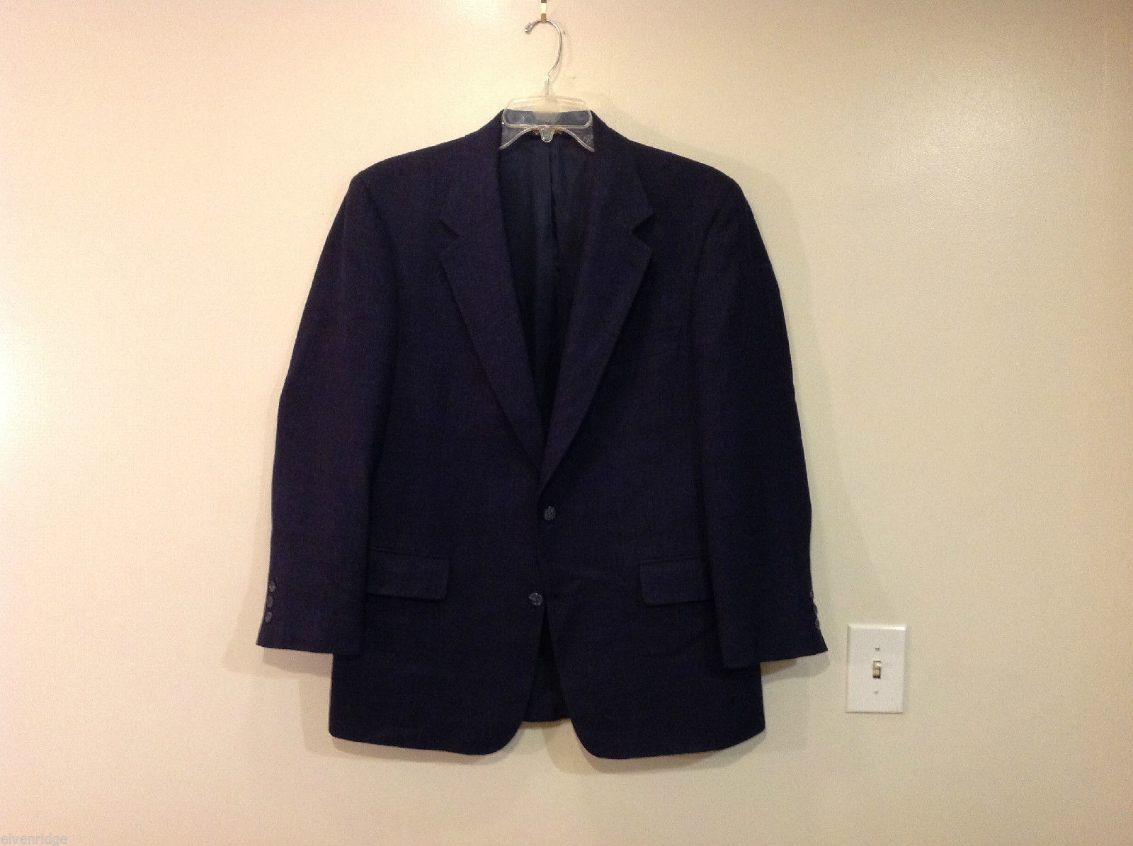 Brooks Brothers Two Buttons Navy Blue Suit Jacket, Size 42R