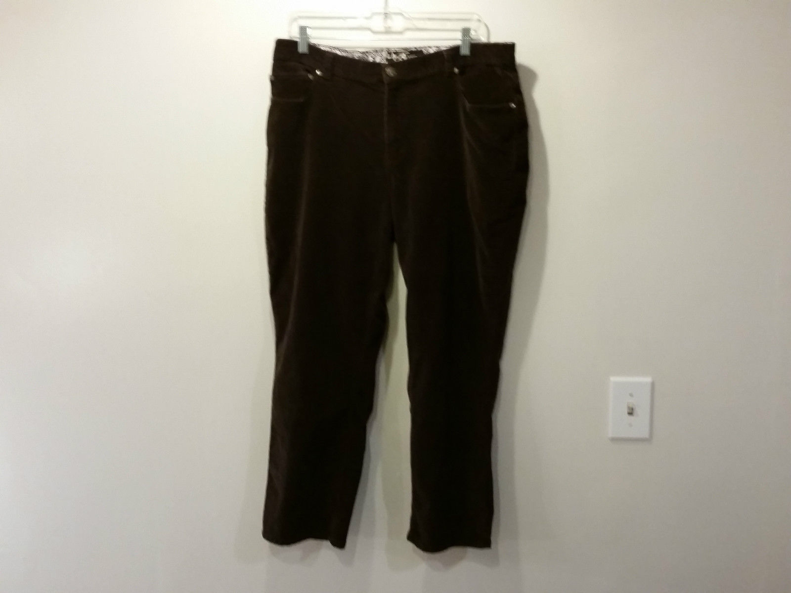Brown Casual Pants L A Blues Size 18W Front and Back Pockets Zipper Button