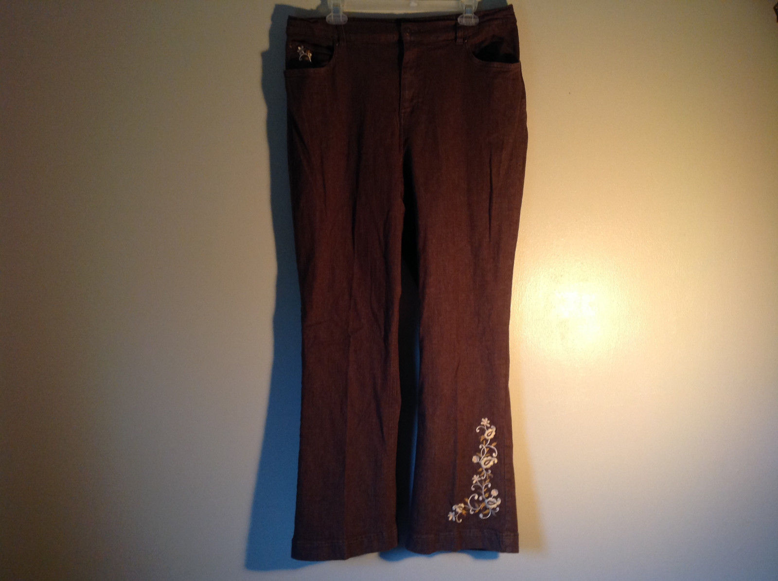 Brown Denim Pants Flower Design on Leg Back Pockets Denim and Company Size XL