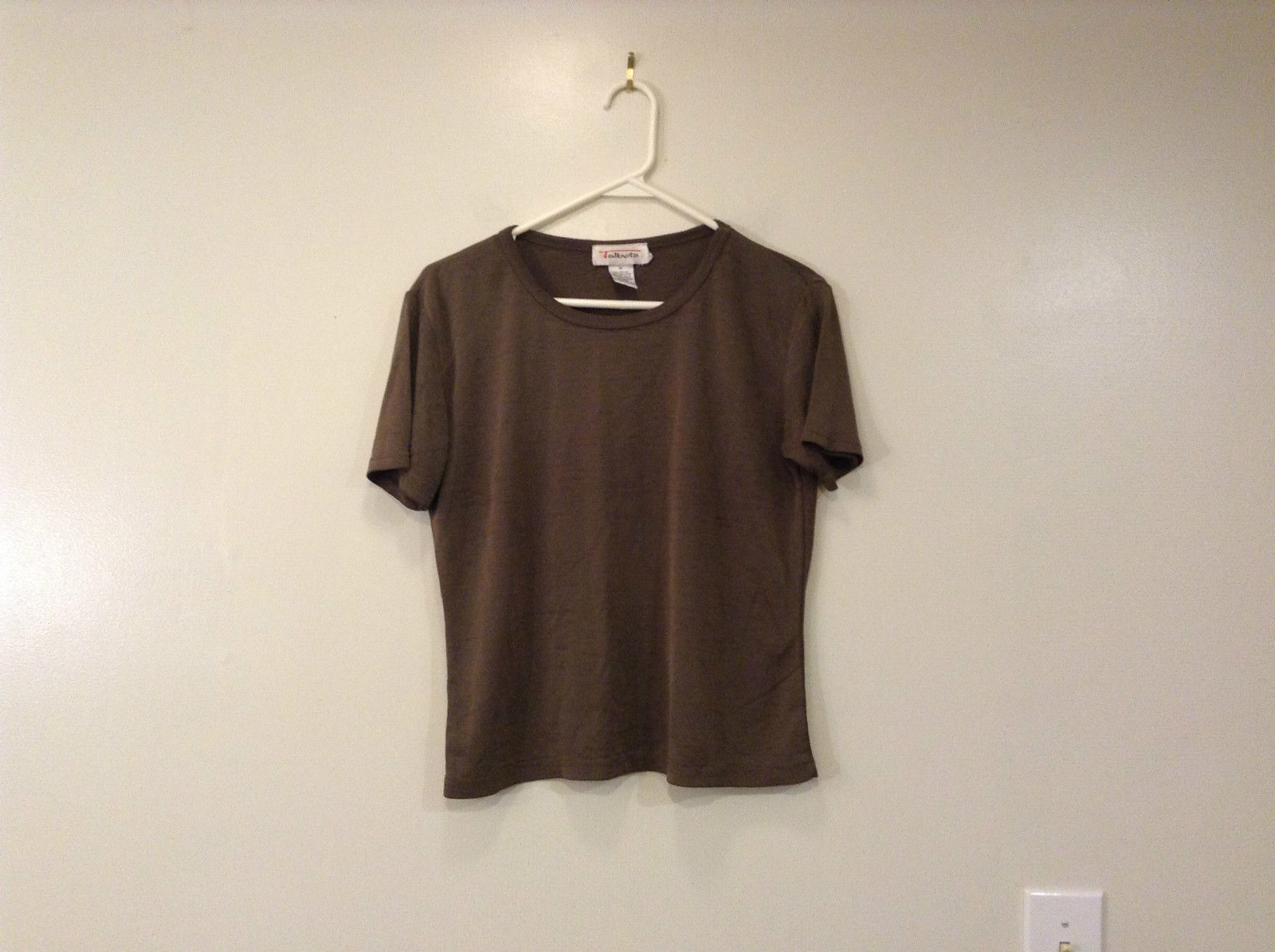 Brown Short Sleeve Talbots Classic Shirt Scoop Neck Size Medium