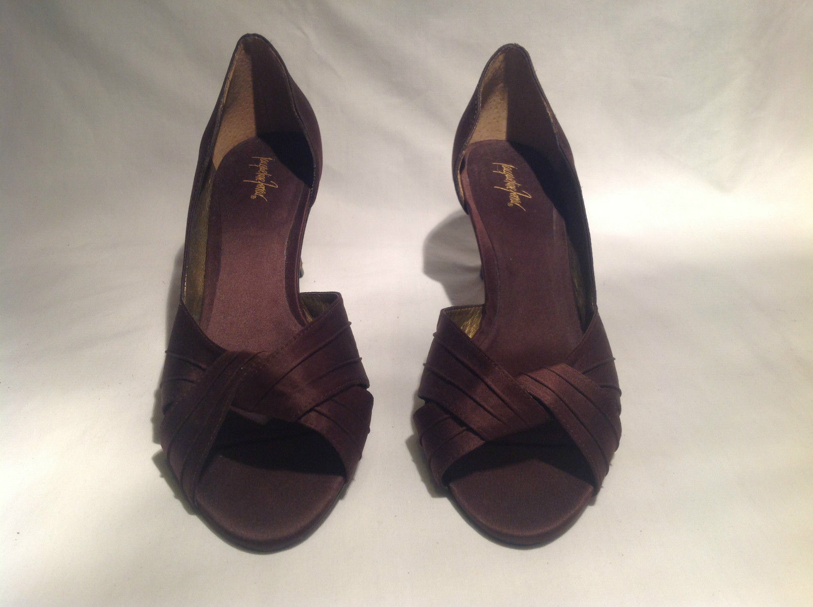 Brown Metallic Jacqueline Ferrar Heels Size 9M Closed Toe Heel Good Condition