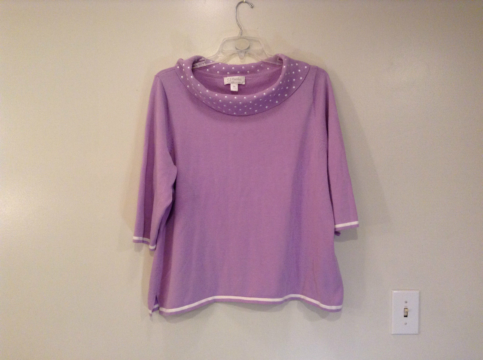 C J Banks by Christopher and Banks Size 2X Violet Top White Trim on Sleeves