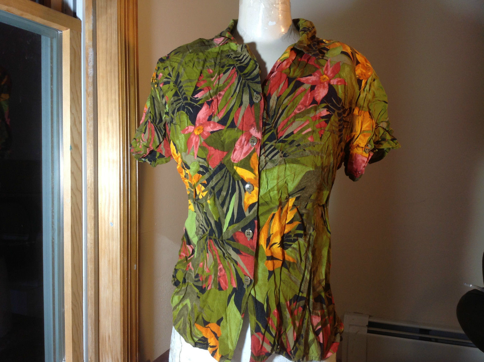 California Krush Green Orange Red Jungle Flower Button Up Blouse Size Large