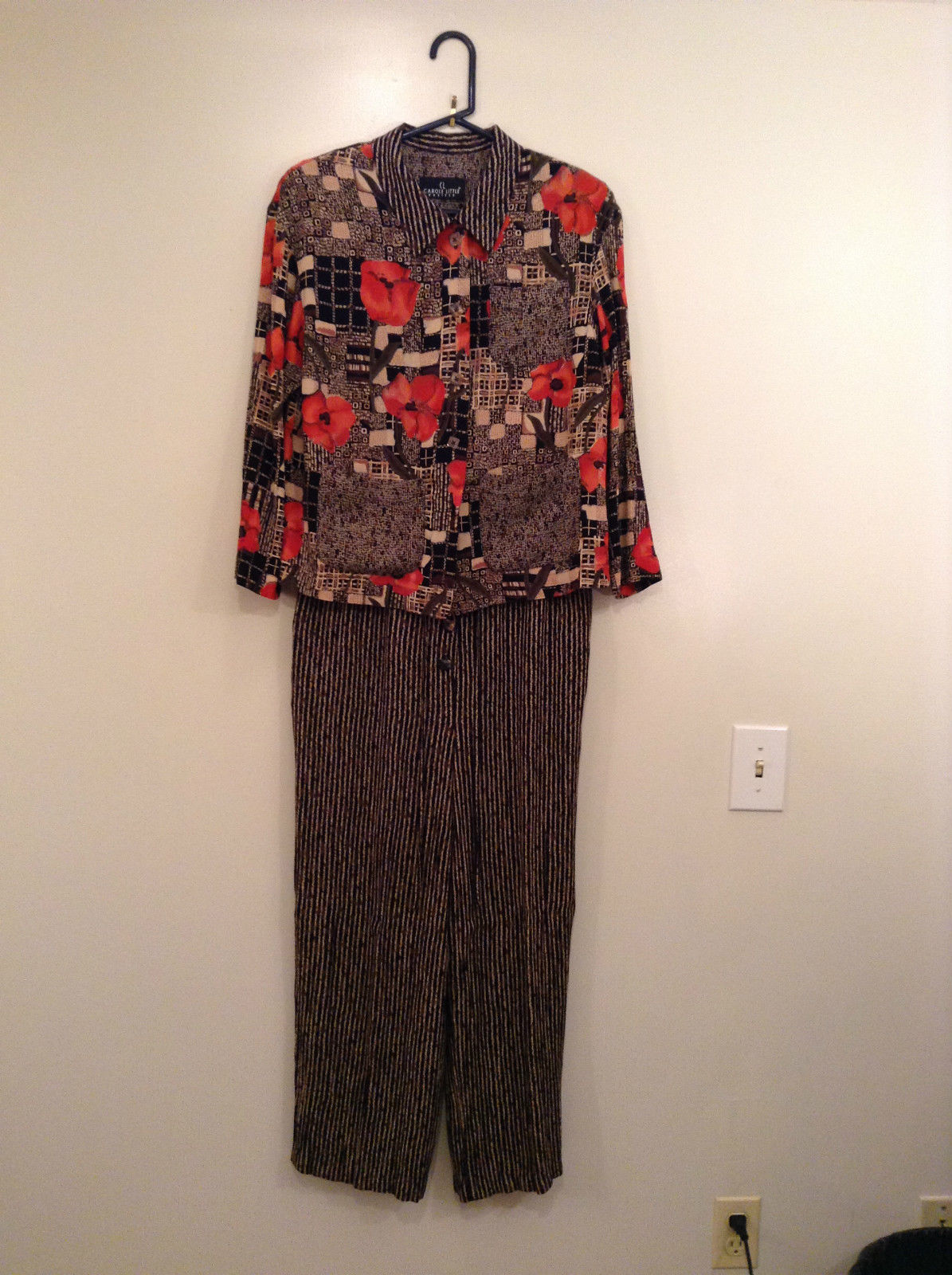 Carole Little Petites Blouse and Pant Set Abstract Print with Brown Red Flowers