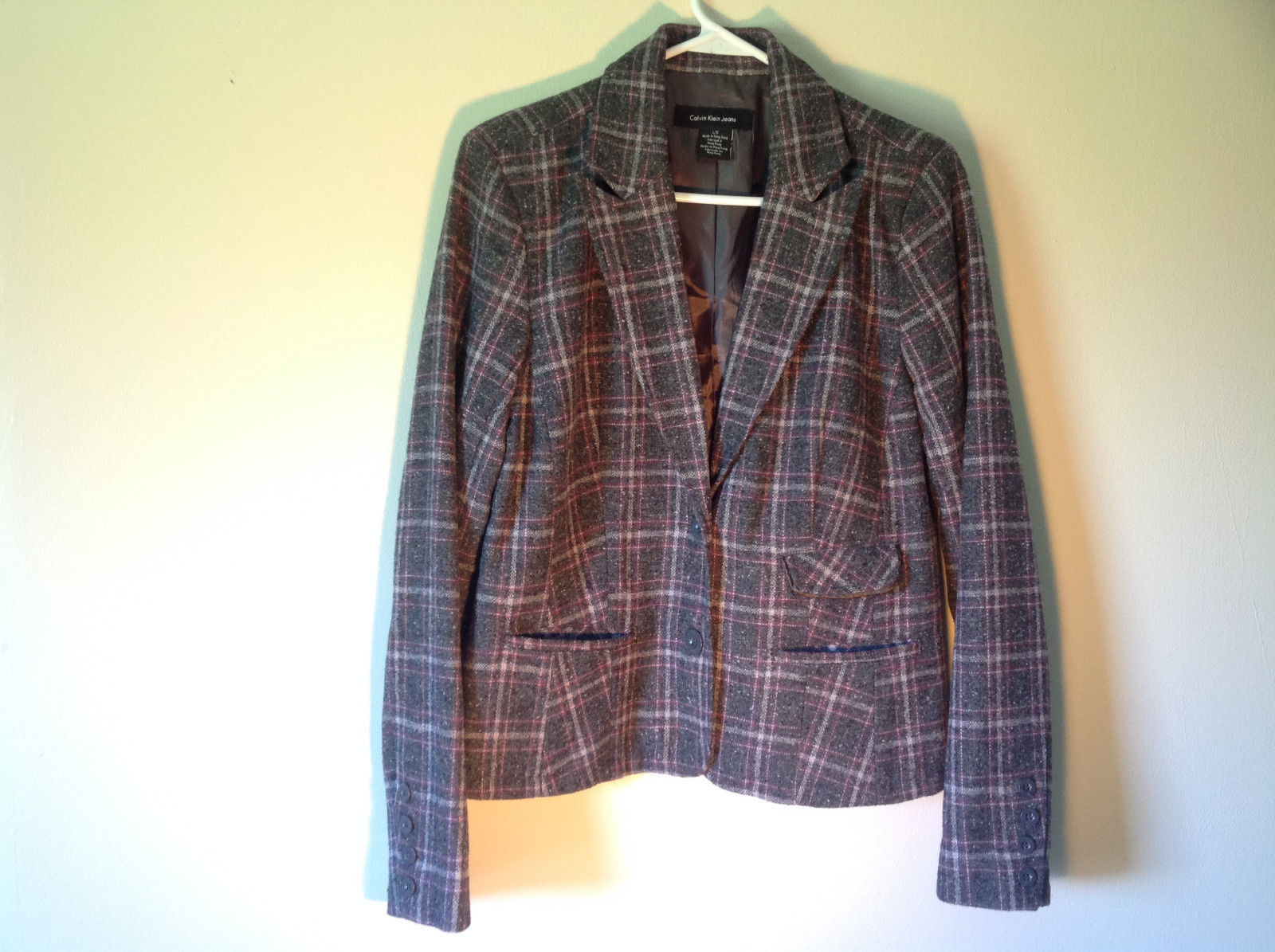 Calvin Klein Gray White and Purple Plaid Blazer 3 Front Pockets Size Large