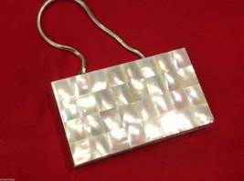 Capiz vintage square handbag for cosmetics image 1