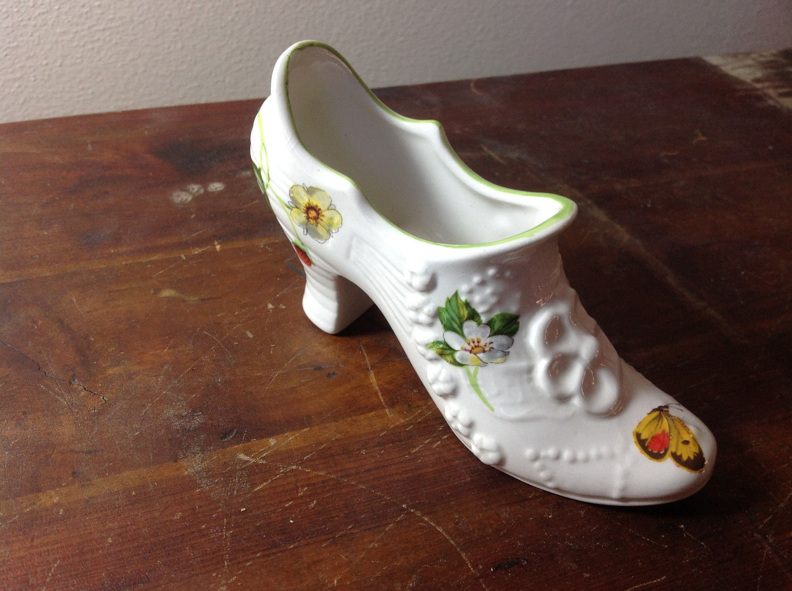 Primary image for Ceramic White Shoe Figurine Butterflies and Flowers Made in England James Kent