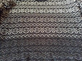 Black with White and Gray Soft Long Sleeve Croft and Barrow Sweater Size Medium image 6