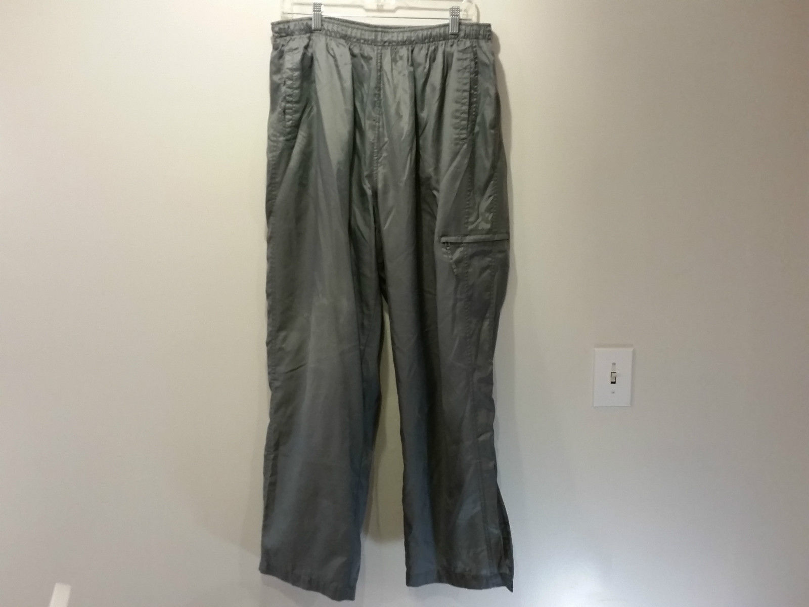 Champs Size XL Gray Stretchy Pants Fully Lined Zippers on Bottom Sides