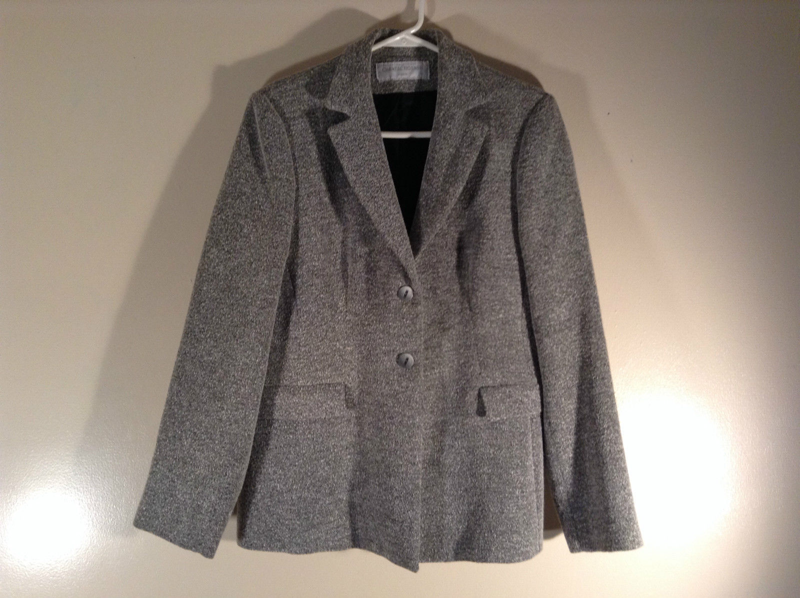 Chantal Rosner France Gray Suit Jacket 2 Front Faux Pockets 2 Button Closure