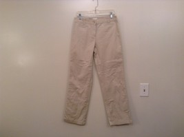 Charter Club Size 6 Beige Jeans Front Back Pockets Zipper and Button Closure