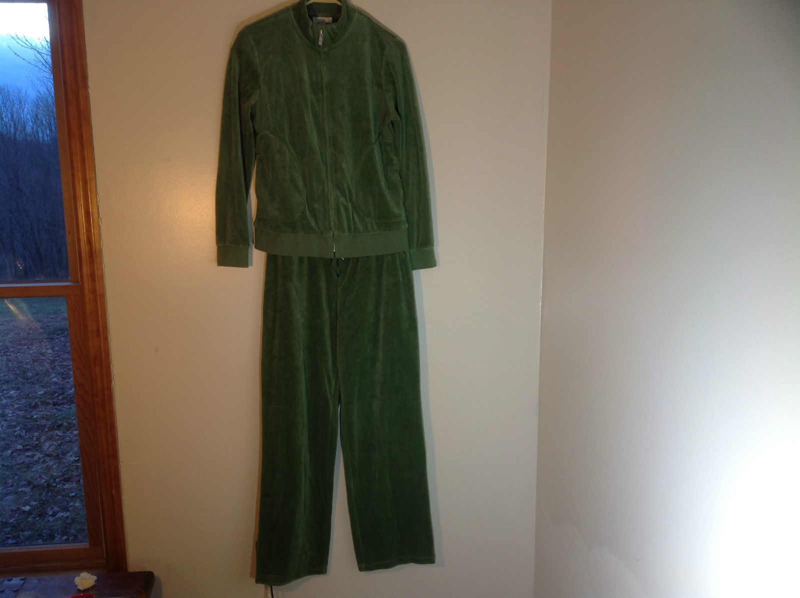 Charter Club 2 Piece Green Velvet Zip Up Jacket and Drawstring Pants Size P/S