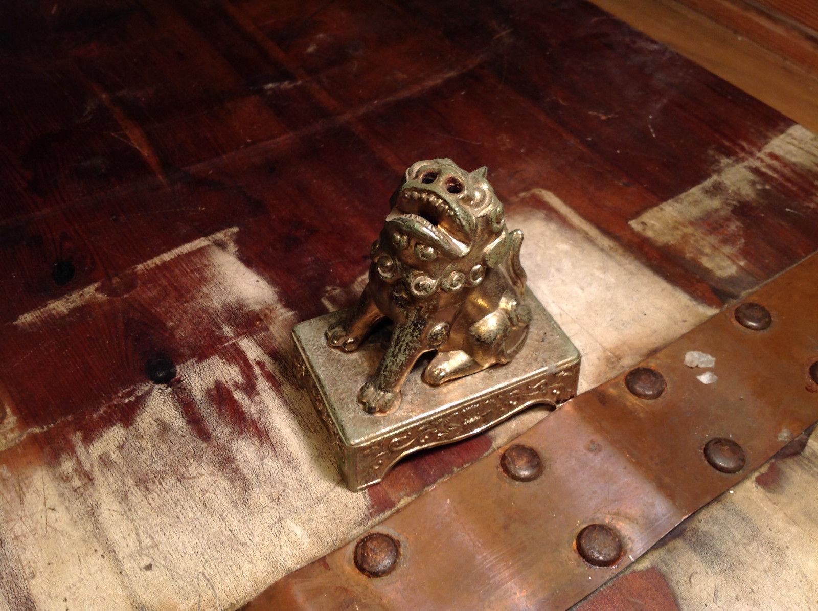 Chinese Guardian Foo Dog Statuette Brass Tarnished Antique